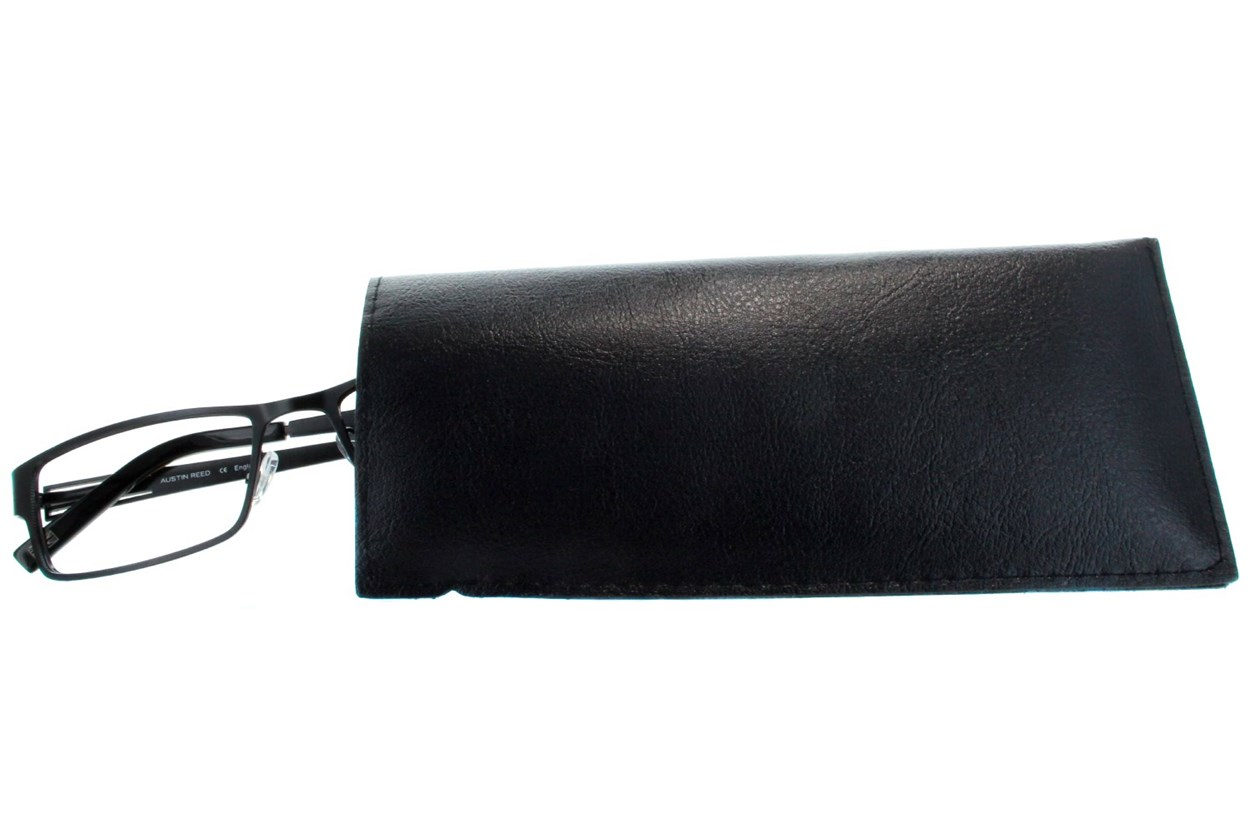 Amcon Vinyl Slip-In Case with Clip Black GlassesCases
