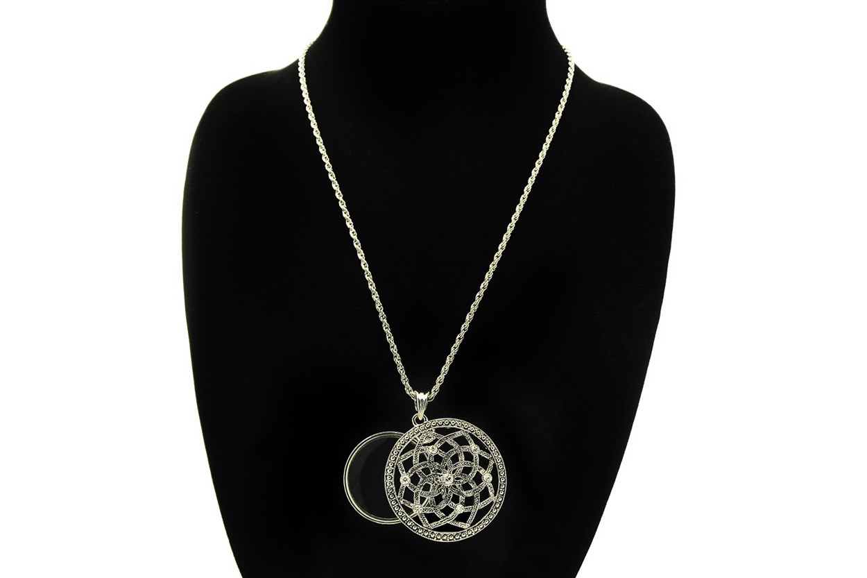 I Heart Eyewear Lotus Magnifier Necklace  GlassesChainsStraps