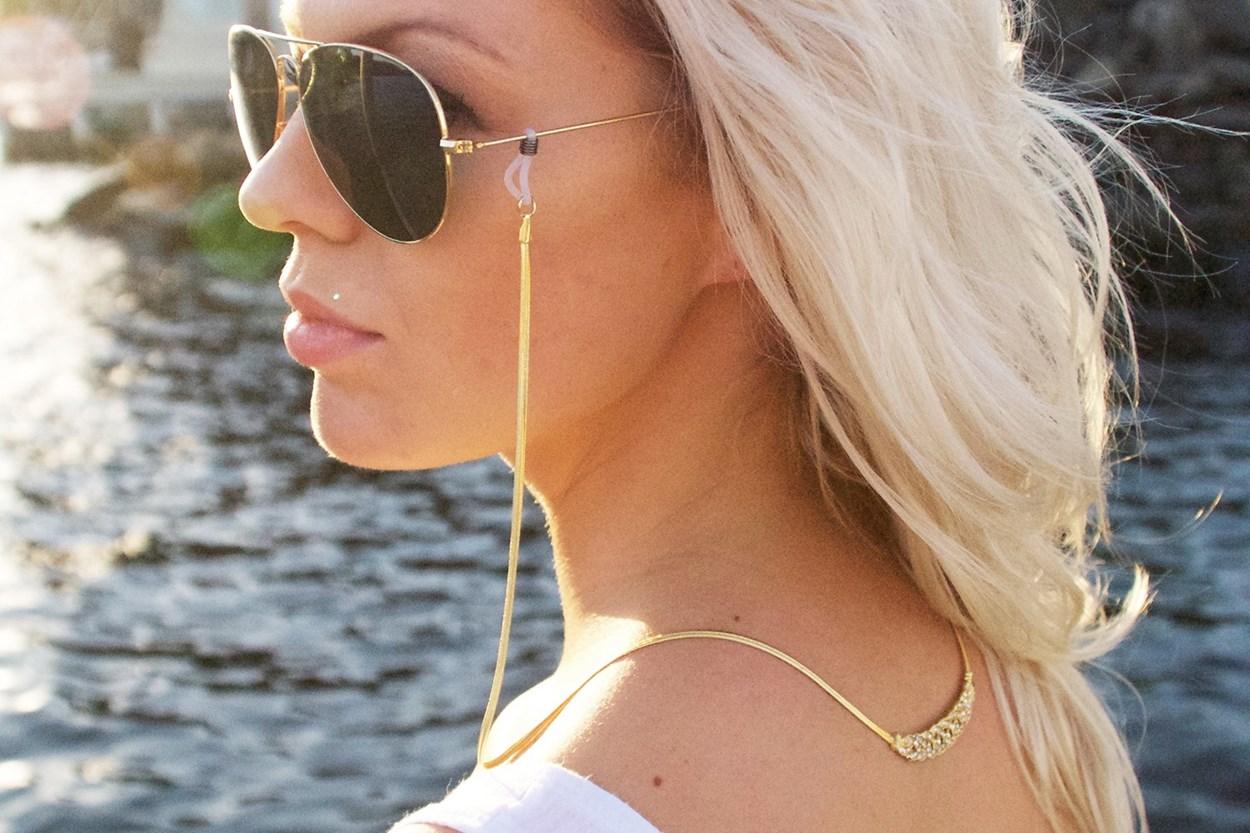 Alternate Image 1 - Sintillia Crystal Backlace Strap Gold GlassesChainsStraps